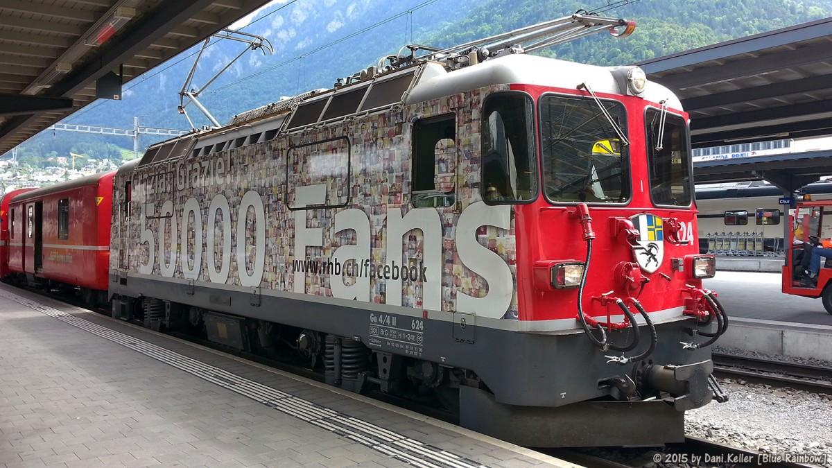 Die RhB Facebook-Fan Lok (Ge 4/4 II 624) im Bahnhof Chur.